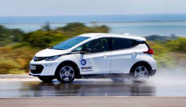 Rollwiderstand-kostet-Elektroauto-Reichweite