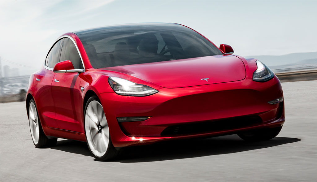 Tesla Model 3: Neue Bilder & Details zur Sportversion ...