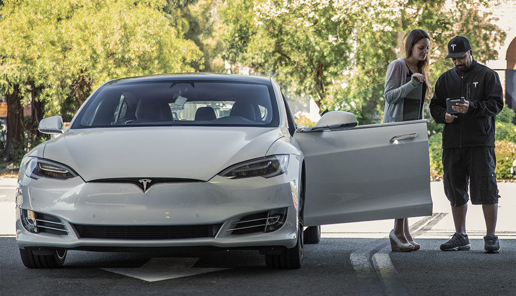 Tesla-Service-Norwegen