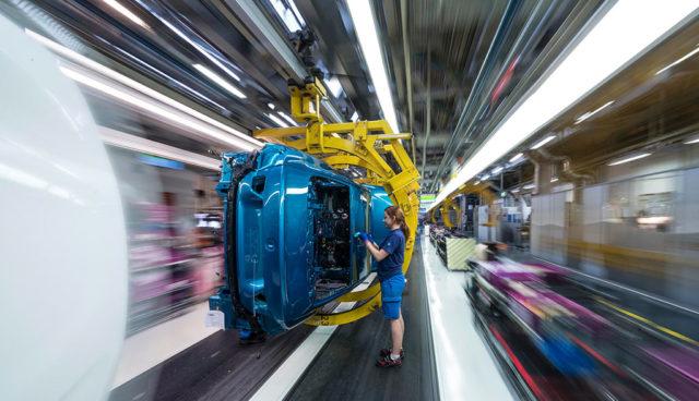 BMW: Jedes Autowerk in Europa wird zukünftig auch Elektrofahrzeuge bauen