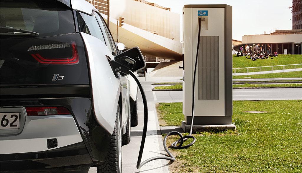 BMW-kritisiert-Strombranche