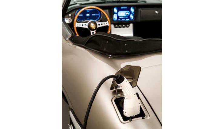 Jaguar-E-Type-Zero-Elektroauto-2020-8