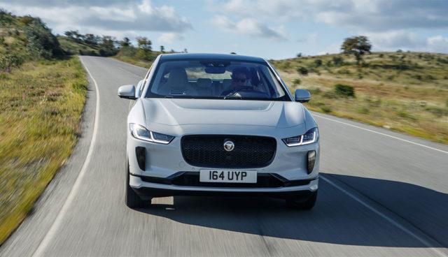 Jaguar Land Rover überarbeitet Modellpalette, E-Mobilität & Konnektivität im Fokus