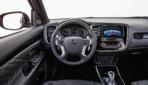 Mitsubishi-Outlander-Plug-in-Hybrid-2019-1