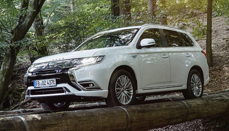 Mitsubishi-Outlander-Plug-in-Hybrid-2019-10