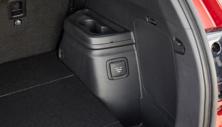 Mitsubishi-Outlander-Plug-in-Hybrid-2019-8