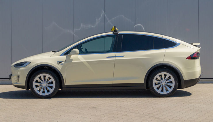 Tesla-Model-X-Taxi-Intax-2018-3