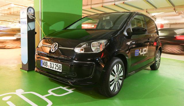 Bis Ende des Jahres: ADAC bietet Elektroauto-Sonderkonditionen an