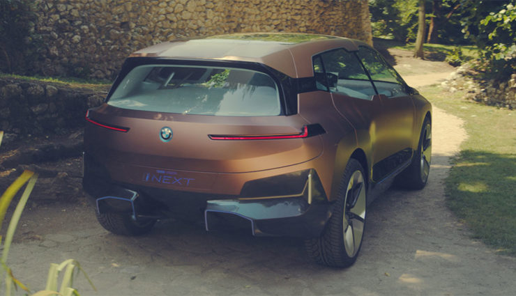 BMW-Vision-iNEXT-2021-12
