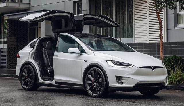 """Dudenhöffer: Tesla """"nicht mit Müsliautos zum Hype geworden"""""""