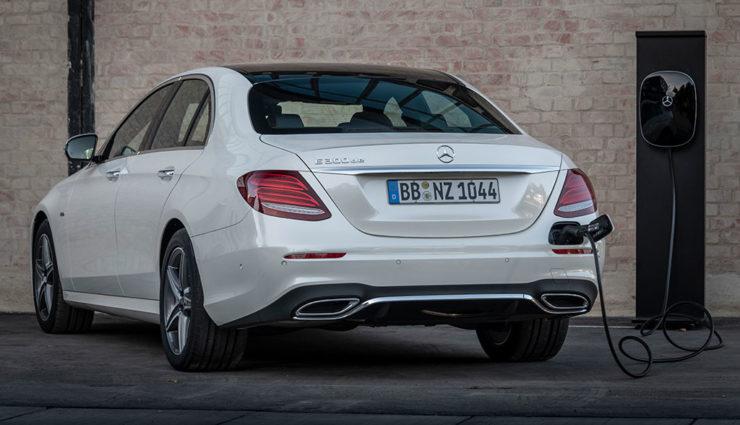 Mercedes-Benz E 300 de-4