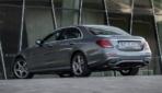 Mercedes-Benz-E-300-e-5