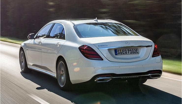 Mercedes-Benz-S-560-e-4