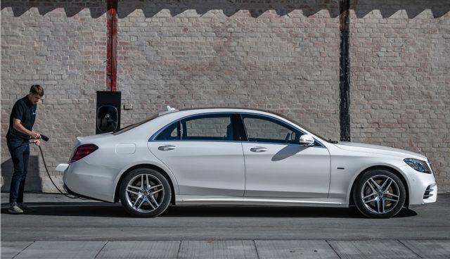Mercedes-Benz S 560 e: Neue teilelektrische S-Klasse startet