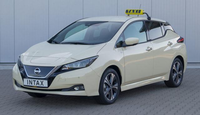 Neuer Nissan LEAF jetzt auch als Taxi bestellbar