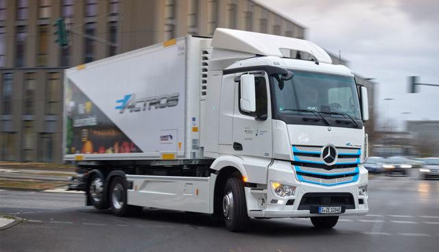 """Daimler-Trucks-Manager: Elektro-Lkw kommen """"schneller als erwartet"""" voran"""