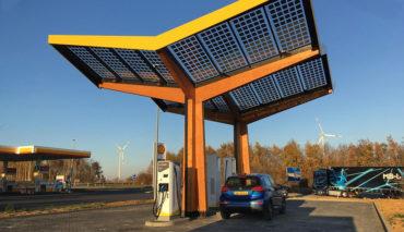 Fastned-Elektroauto-Schnellladestation