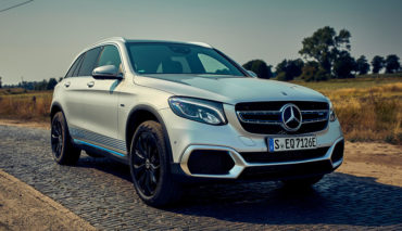 Mercedes-Benz-GLC-F-Cell-2019-5