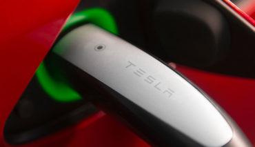 Tesla-Model-3-CCS