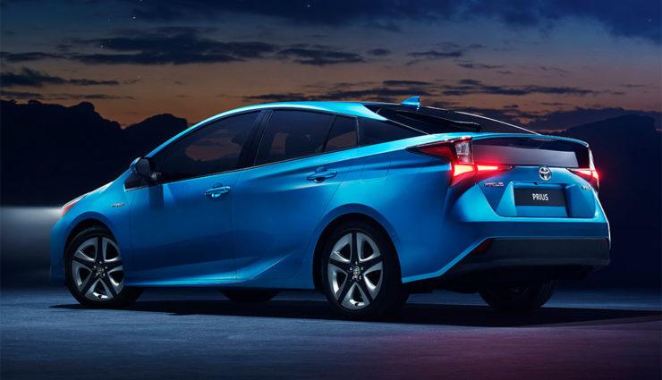 Toyota-Prius-Hybrid-AWD-i-2019-3