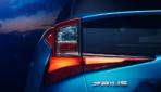 Toyota-Prius-Hybrid-AWD-i-2019-4