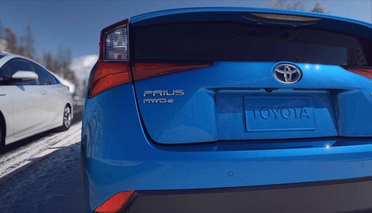 Toyota-Prius-Hybrid-AWD-i-2019-6