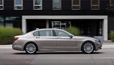 BMW-7er-Plug-in-H<brid