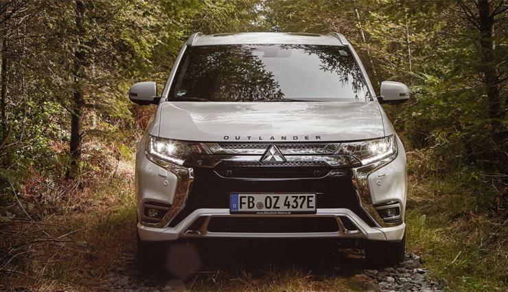 Mitsubishi-Outlander-PHEV-2019-8