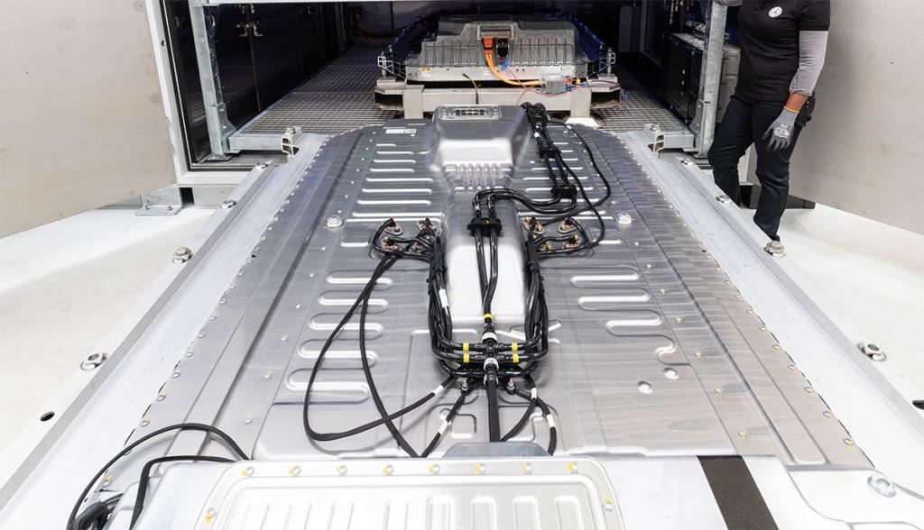 Mercedes-Benz baut Batteriefabrik in Polen