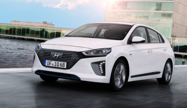 hyundai plug in ioniq mit 63 km elektro reichweite. Black Bedroom Furniture Sets. Home Design Ideas