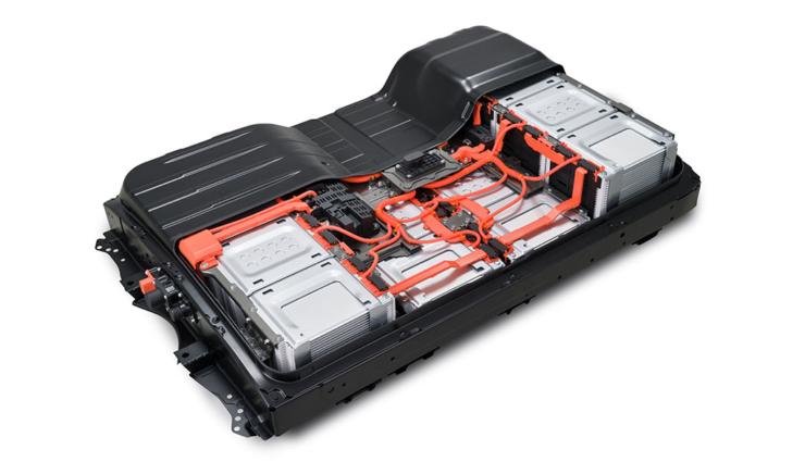 Nissan-LEAF-2019-12