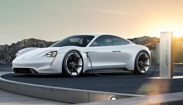 Porsche-Taycan-laden