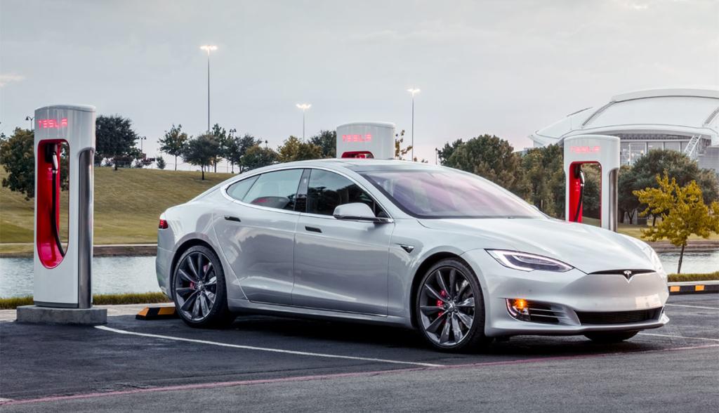 Nach Kundenprotest: Tesla reduziert Supercharger-Preise