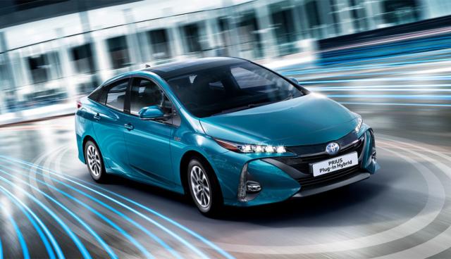 Toyota-Prius-Elektro