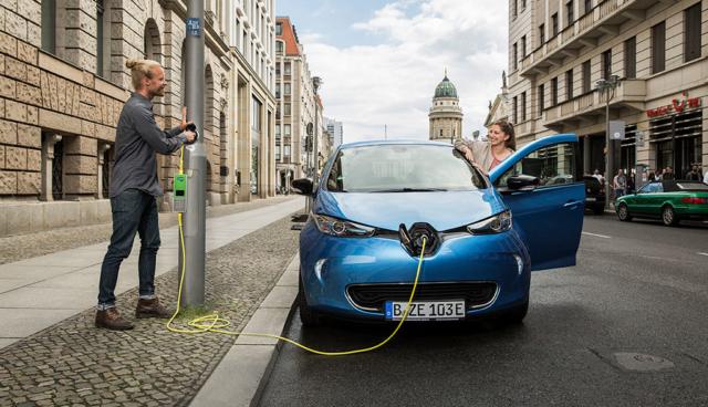 Bis zu 1600 neue Elektroauto-Ladepunkte für Berlin