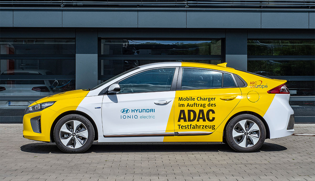 ADAC-Elektroauto-Ladehilfe2