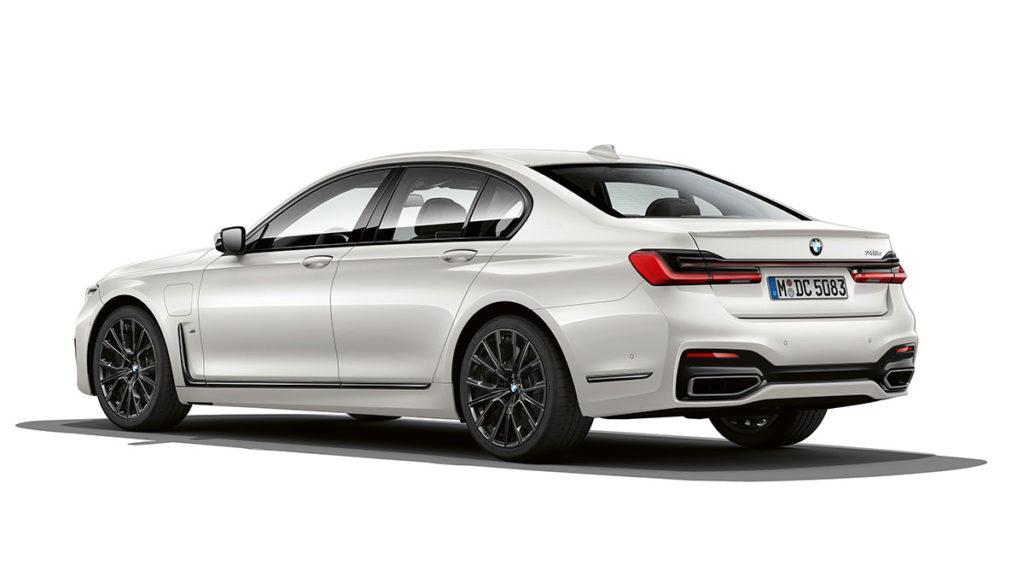 BMW-7er-M-Plug-in-Hybrid-2019-2