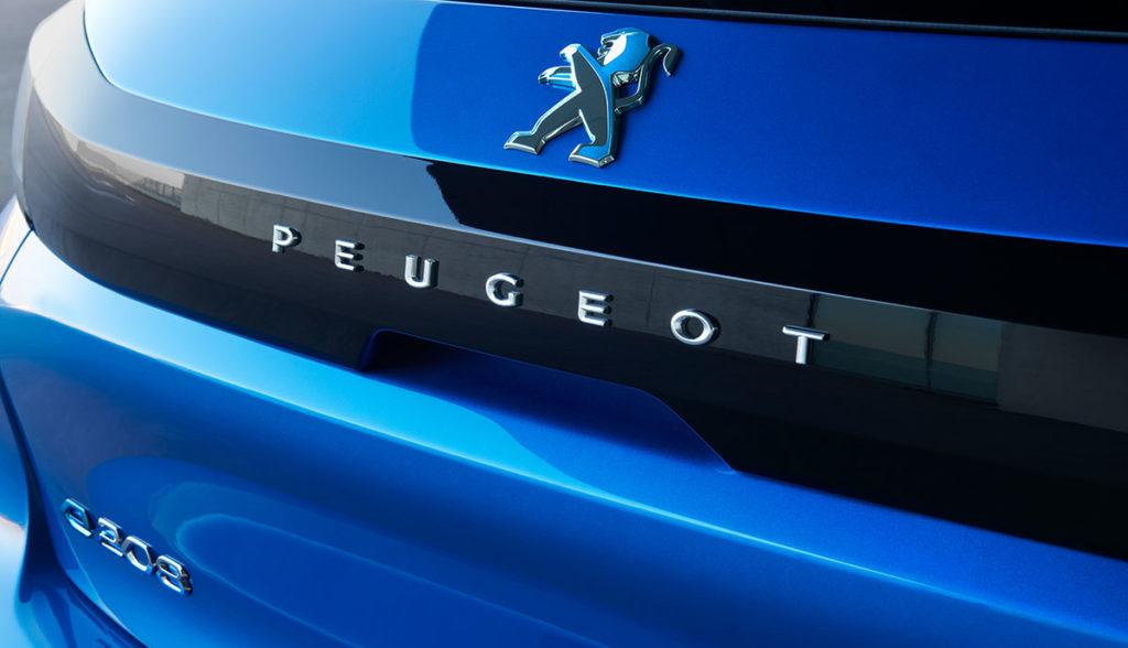 Peugeot-e-208-11