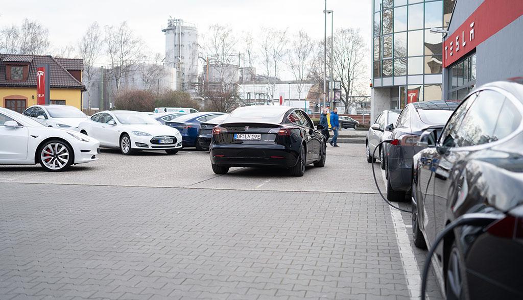 Tesla Model 3 Deutschland-17