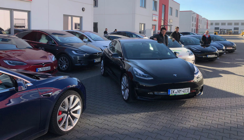 Tesla-Model-3-NextMove-5