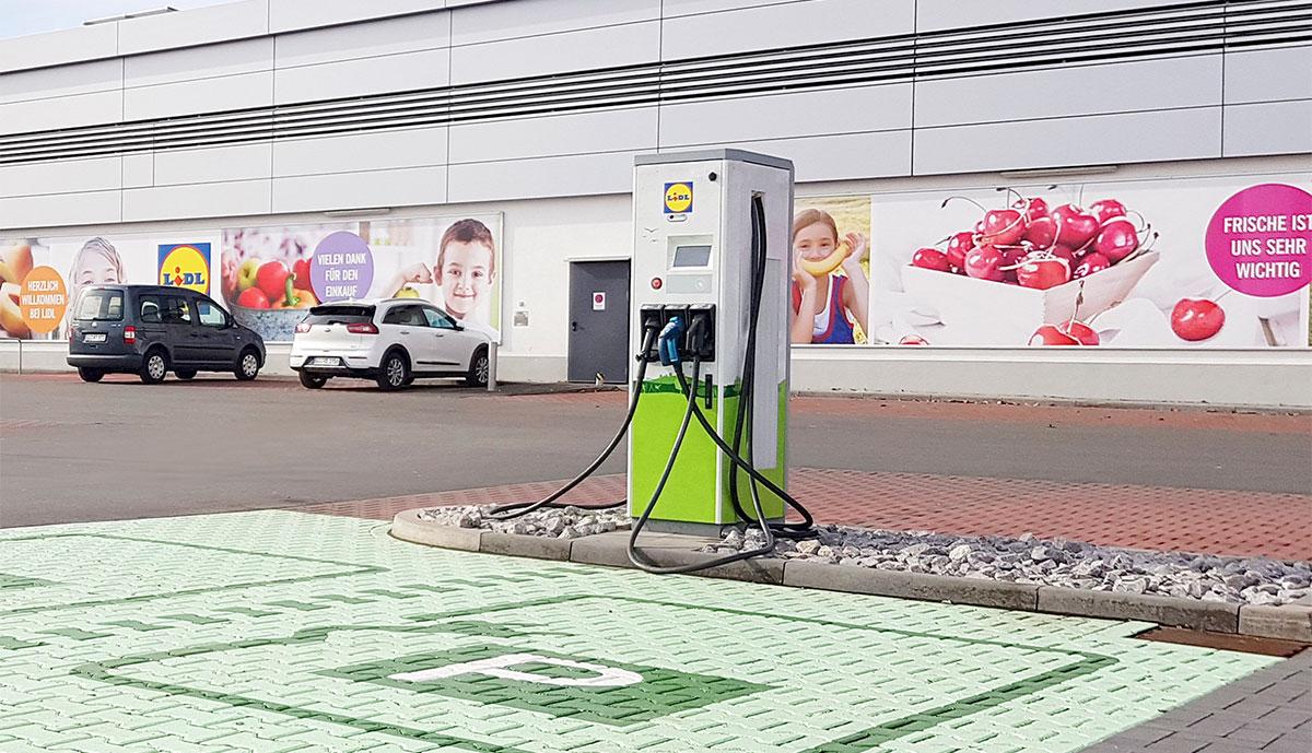 Lidl-Elektroauto-Ladestation