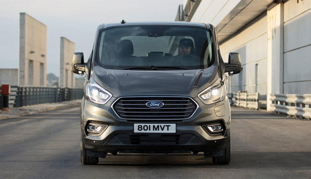 Ford-Tourneo-Custom-Plug-In-Hybrid-Antrieb-2019-4