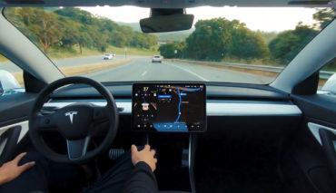 Tesla-Carsharing