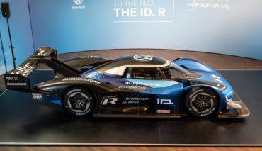 VW-ID.-R-Huerburgring-2