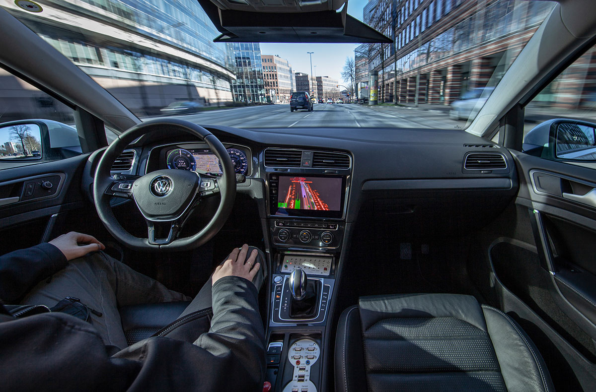 VW-e-Golf-autonom-Hamburg-2