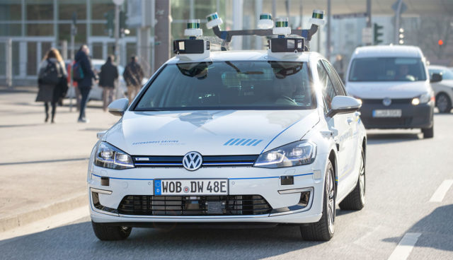 VW-e-Golf-autonom-Hamburg-4