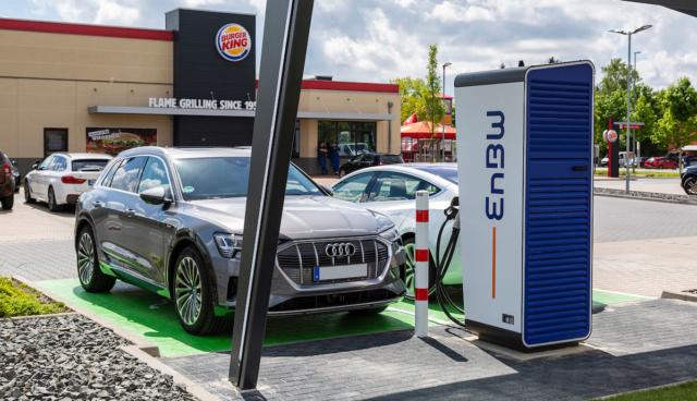 Burger-King-Elektroauto-Schnellladestation