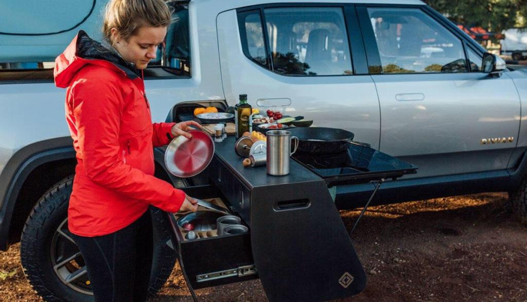 Rivian-R1T-Kueche-Camping-2019-7