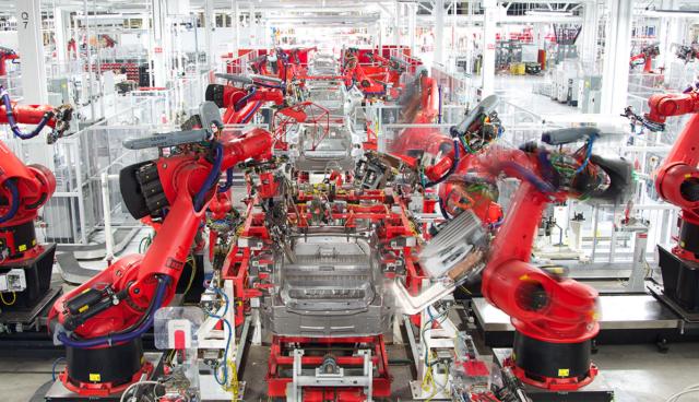 Tesla-Elektroauto-Fabrik-Fremont-Roboter