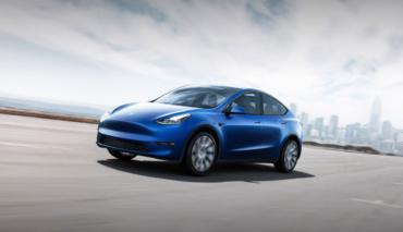 Tesla-Model-Y-Start